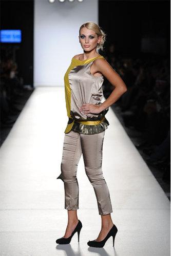 Εβδομάδα Μόδας 2010 Σχολές Sitam - AB