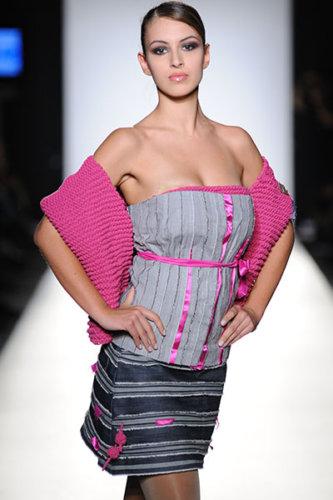 2010-Fashion-Week-_0009_021_3721